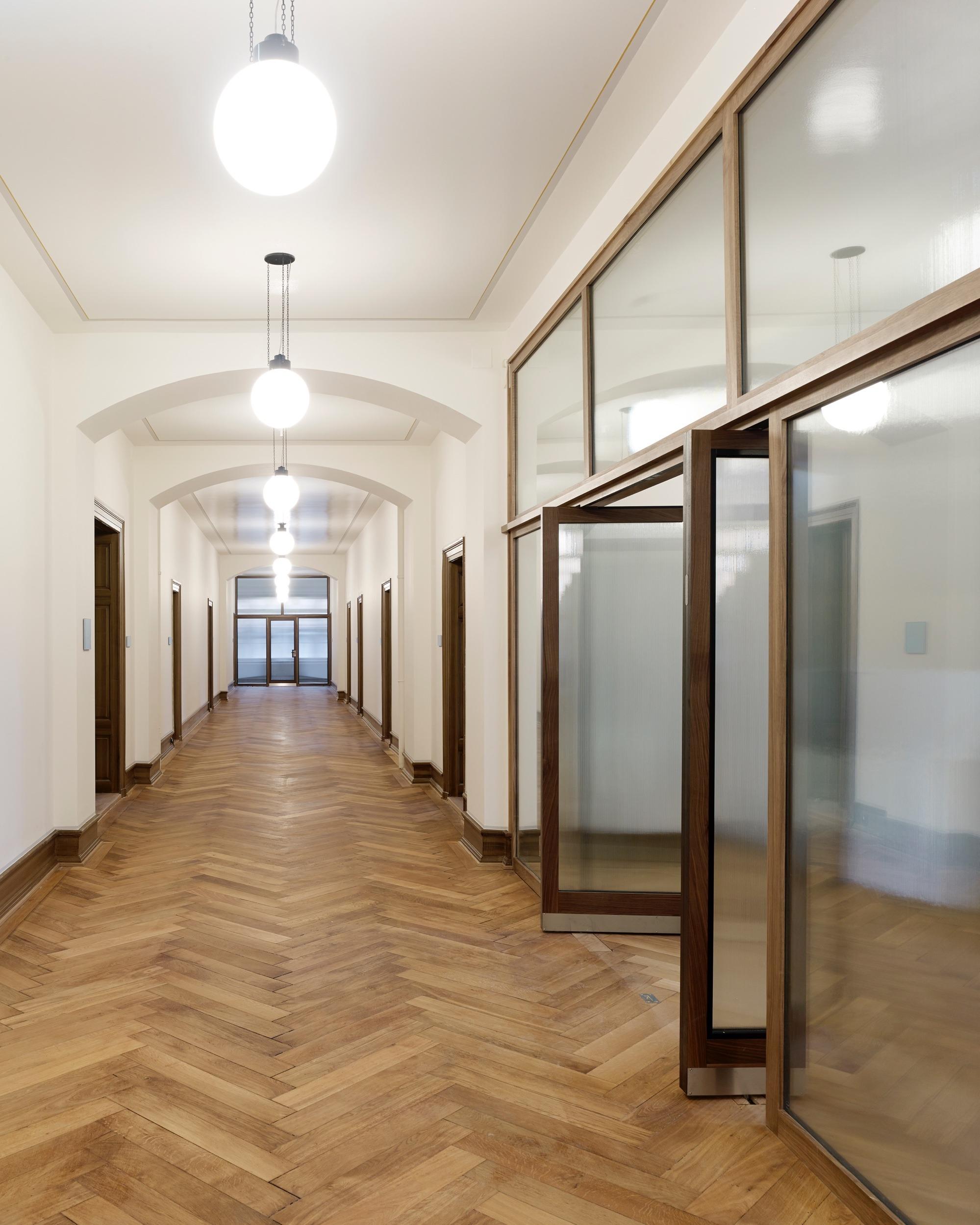 Fenstertuere_Framestar_Regierungsgebaeude_Frauenfeld_002